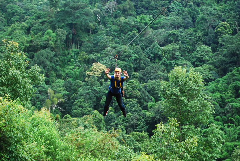 Skyline adventure The real zipline on the stuning of chiang mai